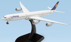 Lufthansa model airplane