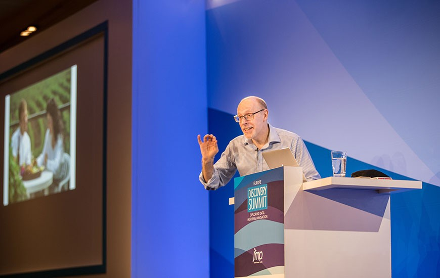 Richard Wiseman addresses audience