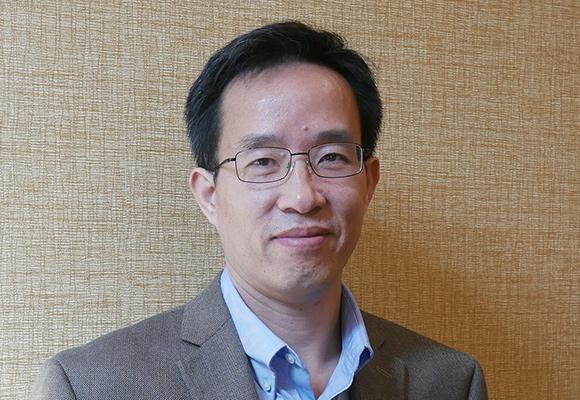 Ron Zhang