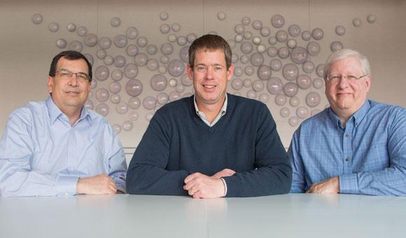 左から: Arved Harding氏、Kevin White氏、Howard Rauch氏
